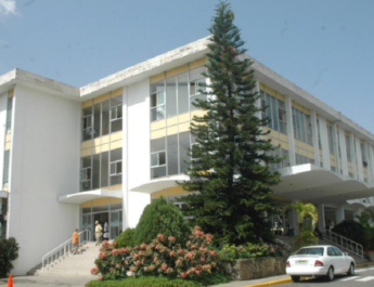 Ayuntamiento de Santiago inicia entrega regalía pascual sin necesidad de recurrir a préstamo