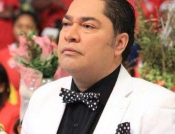 """El Pachá anuncia que iniciaron una demanda a la cadena Univision y Tony Dandrades """"por difamación a la televisión dominicana"""