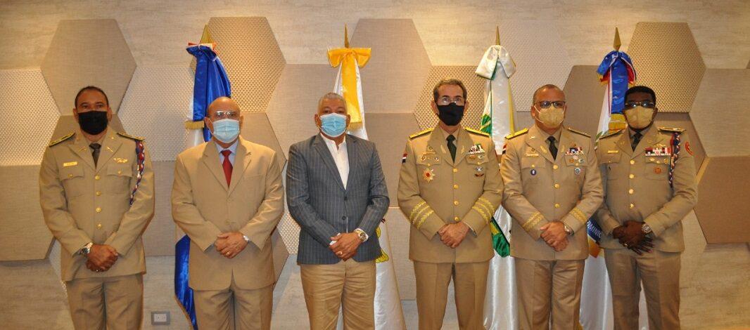 OMSA acuerda exonerar pago de transporte a pensionados de las Fuerzas Armadas