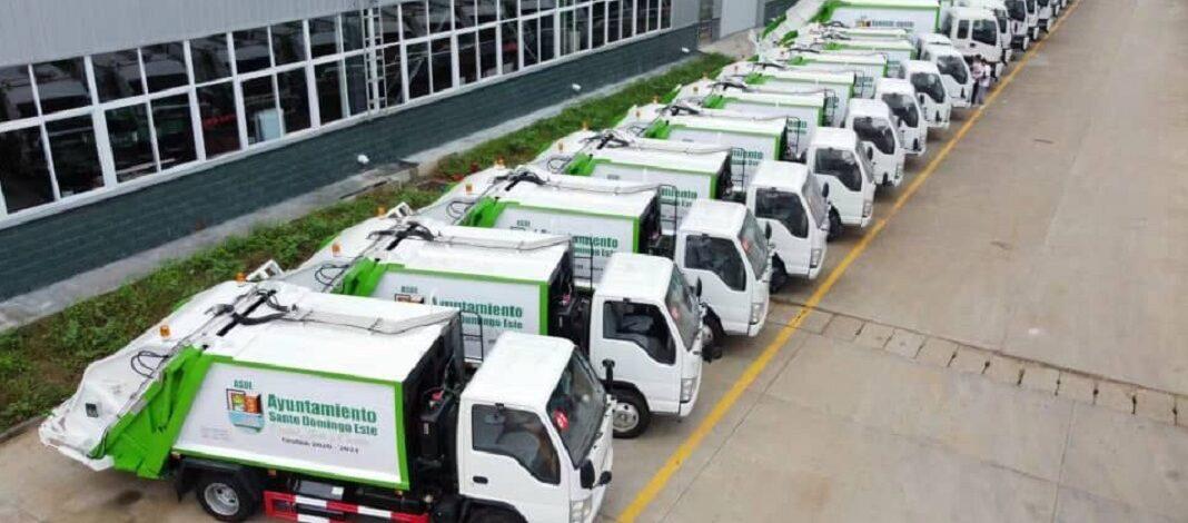 Empresa informa retraso en llegada de camiones de basura comprados por Ayuntamiento de Santo Domingo Este